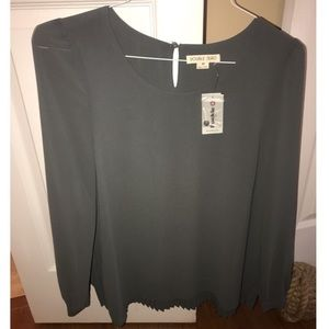 Gray long sleeve shirt from Buckle